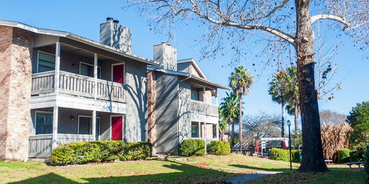 THE FINLEY APARTMENTS